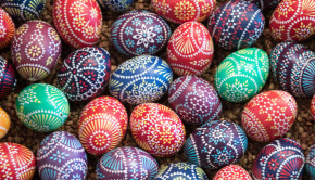 Sorbian Minority Holds Annual Easter Egg Market